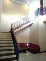 tangga ruangan