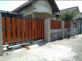 Pesan pagar di Babakan
