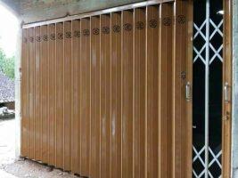 pesan Pintu harmonika di Lombok