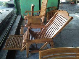 Kursi malas lombok