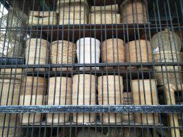 Aneka kerajinan dari bahan bambu