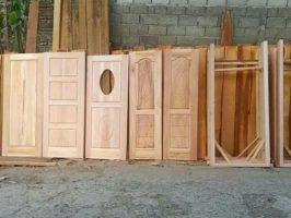 daun pintu Lombok