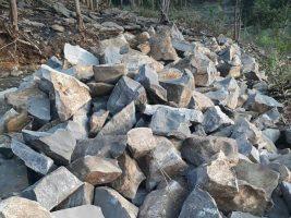 Batu pondasi