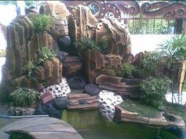Taman batu buatan