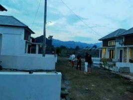 Rumah di Midang Gunungsari