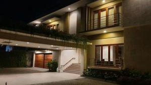 Hotel Senggigi dijual
